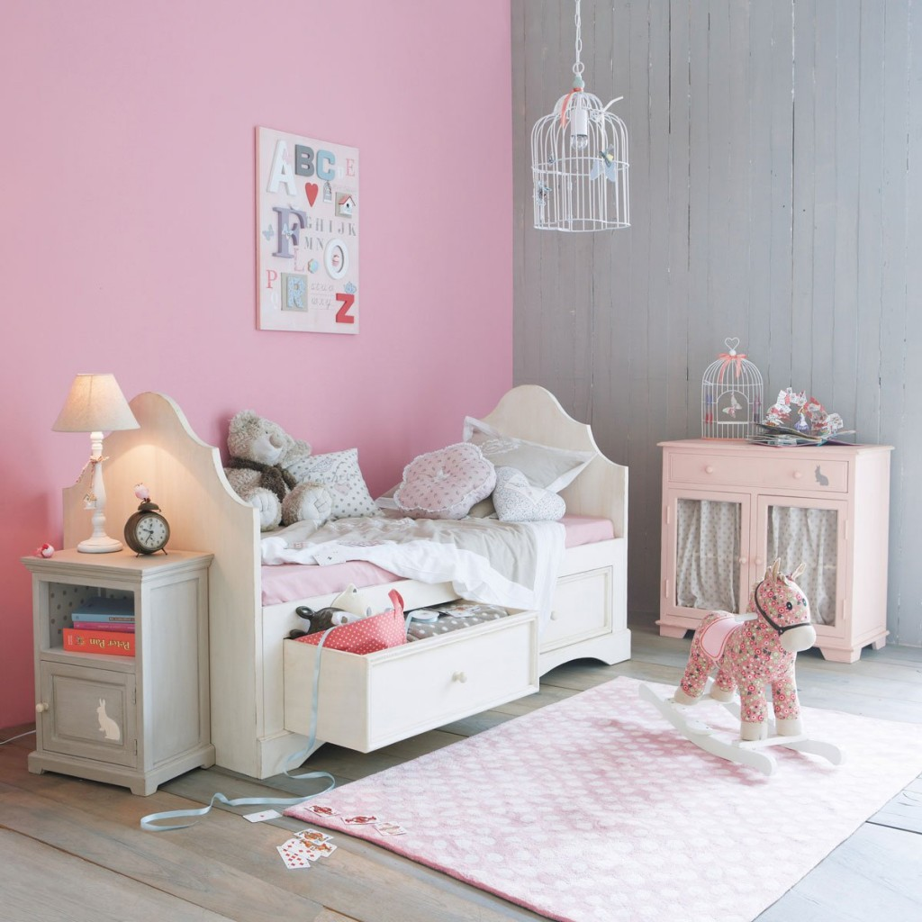 D co chambre gris et rose for Deco rose et gris salon