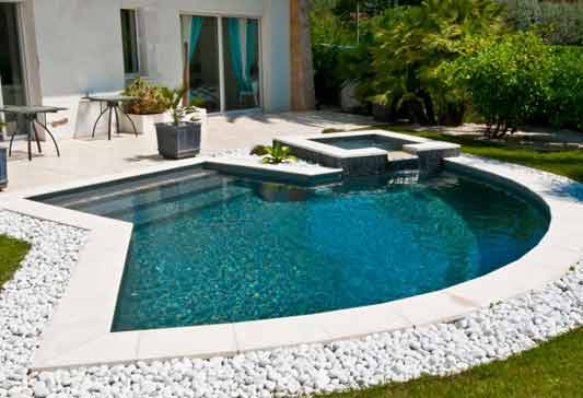 Idee deco piscine piscine extrieur u photos et ides for Idee deco piscine