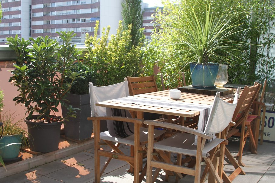 Am nagement d coration terrasse appartement ville for Amenagement terrasse balcon appartement