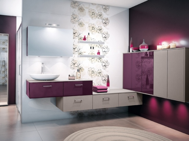 conseils d co salle de bain violet. Black Bedroom Furniture Sets. Home Design Ideas