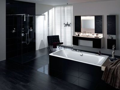 belle d co salle de bain noir et blanc. Black Bedroom Furniture Sets. Home Design Ideas
