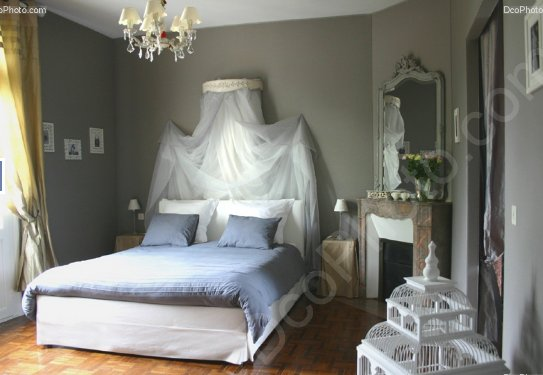 belle d co chambre style romantique. Black Bedroom Furniture Sets. Home Design Ideas