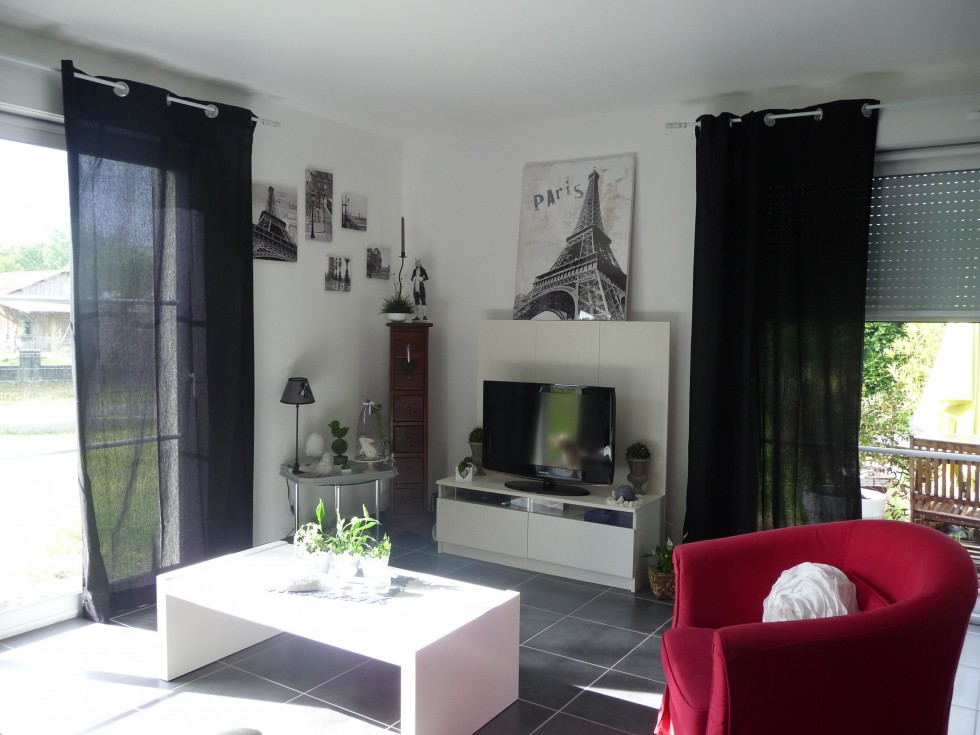 D co appartement gris blanc noir for Deco appartement gris