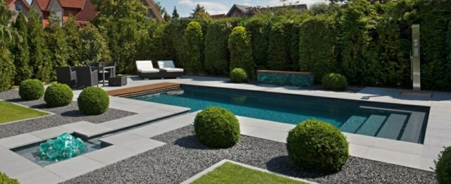 Am nagement d co jardin avec piscine for Decoration piscine et jardin