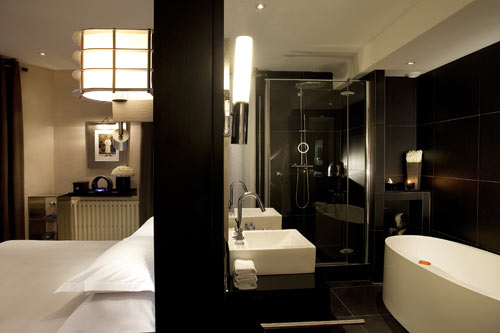 chantier d co salle de bain hotel. Black Bedroom Furniture Sets. Home Design Ideas